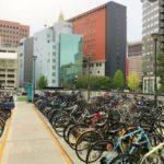 福岡の自転車置き場の写真